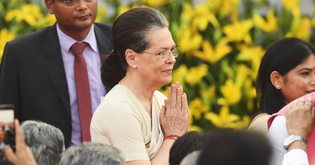 Provide emergency wages to unorganised workers: Sonia Gandhi to PM