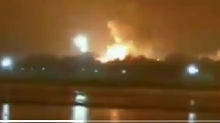 Massive Fire Breaks Out At ONGC Plant In Surat (Gujarat)