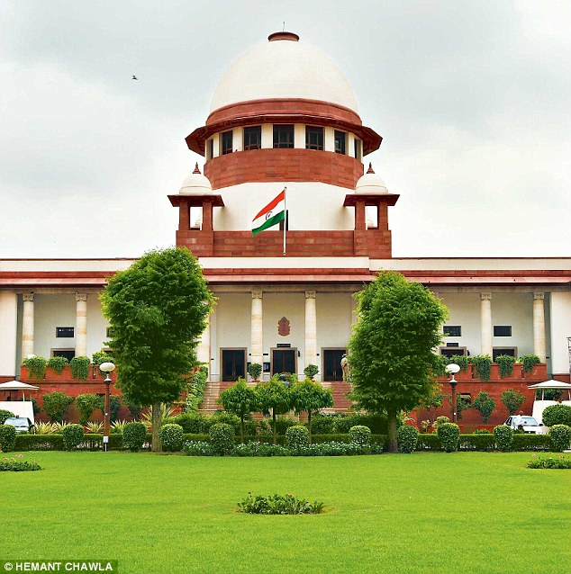 Supreme Court: Gives A Nod To Withholding Employees' Gratuity For Recovery Of Dues