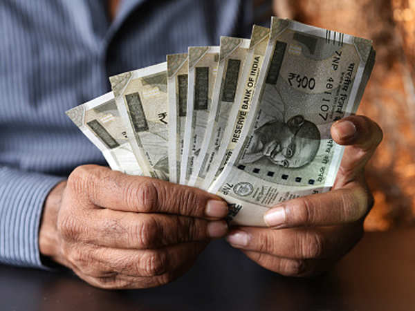 Government Forms Expert Group To Provide Recommendations On Fixation Of Minimum Wages