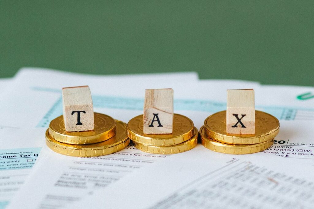 Top Mistakes To Avoid While Filing Income Tax Return (ITR) For AY 2021-22